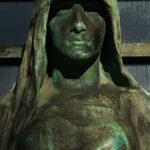 """Paris, Cimetiere du Pere Lachaise, LAGARDE-GUERET """"©Hatuey Photographies"""" Cemetery Graveyard Cementerio Cimitero Friedhof , Cemetery, Cimetière, Cimetière du Père Lachaise, Eugène Bénet (Sculpteur), France, Hatuey Photographies, Lagarde-Gueret, Paris, Père Lachaise, Sculpteurs, Bronze,Porte en Bronze,Sculpture de femme"""