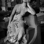 ©Hatuey Photographies, 1871-1959, Art Funéraire, bronze, Cemetery, Cimetière, Cimetière du Père Lachaise, cimitero, Division 92, Femme assise, France, Friedhof, graveyard, LANDAU Emilie, Paris, Père Lachaise, Père-Lachaise, Sculpture, Statue, Statue de femme