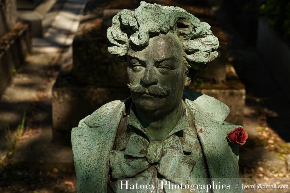 """Paris, Cimetiere du Pere Lachaise , Photographies de Paris, Cemetery Graveyard Cementerio Cimitero Friedhof , Cimetiere du Pere Lachaise , Photographies de la tombe de André GILL (1840-1885) par """"©Hatuey Photographies"""