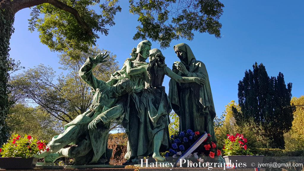 """Paris, Cimetiere du Pere Lachaise , Photographies de Paris, Cemetery Graveyard Cementerio Cimitero Friedhof , Cimetiere du Pere Lachaise , Photographies du Monument aux Morts Tchécoslovaques par """"©Hatuey Photographies"""""""