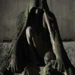 """Art Funéraire, Pere Lachaise,Paris, Cimetiere du Pere Lachaise , Photographies de Paris, Cemetery Graveyard Cementerio Cimitero Friedhof , Cimetiere du Pere Lachaise , Tombe de MAAS Emile et PARSONS Winifred (-1908), Statue de Femme agenouillée voilée, Photographies du Cimetière du Père-Lachaise par """"©Hatuey Photographies"""