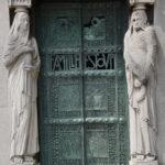 """Paris, Cimetiere du Pere Lachaise, Tombe Famille ESTOUP """"©Hatuey Photographies"""""""